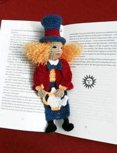 Mad Hatter Bookmark - CROCHET