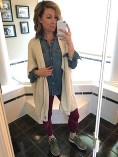 The trendiest Women's Outfits for the Gym - Outdoor Click Lula Roe Outfits, Fall Outfits, Sport Studio, Cute Fashion, Fashion Outfits, Joggers Outfit, Trendy Clothes For Women, School Fashion, Athletic Wear