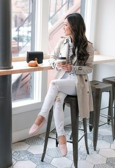 When it is not cold enough to wear thick trench coat outfit Super Petite, Extra Petite Blog, Mode Outfits, Casual Outfits, Fashion Outfits, Basic Outfits, Petite Outfits, Trent Coat, Look Fashion