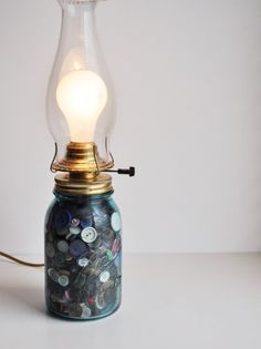 Vintage Blue Ball Mason Jar Full Of Buttons Lamp por estatehound
