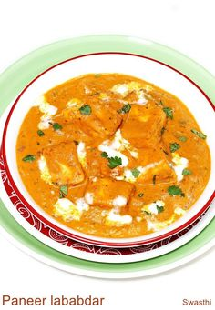 Paneer lababdar recipe - a restaurant style punjabi dish that is creamy, flavorful, and tastes delicious. It can be served with plain rice, roti or paratha. Paneer Lababdar, Paneer Makhani, Vegetarian Pasta Dishes, Vegetarian Recipes, Cooking Recipes, Vegetarian Curry, Indian Paneer Recipes, Indian Food Recipes, Ethnic Recipes