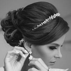 Acessórios para Noivas|grinalda| arranjo noivas|Tiaras para noivas Vitória ES|Grinaldas|tiara noiva|acessório noiva|voilette|