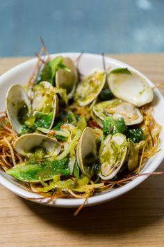 Momofuku Nishi from David Chang and Chef Nick Tamburo serves Italian-inspired dishes with unexpected ingredients for lunch, brunch, and dinner. David Chang, Watermelon Radish, Momofuku, Chow Mein, Fusion Food, Seafood Restaurant, I Want To Eat, Eat Right, Places To Eat