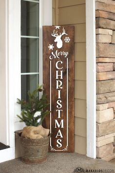 Christmas Wooden Signs, Holiday Signs, Christmas Porch, Farmhouse Christmas Decor, Outdoor Christmas Decorations, Merry Christmas, Christmas Ideas, Christmas Projects, Xmas Tree