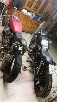 Twins cx 500. ...