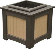 Berlin Gardens Square Poly Planter Attractive outdoor planter for entryway, driveway, porch or patio. Made with ultra strong poly lumber that resists outdoor elements. Available in a variety of colors. #polyplanters #outdoorplanters