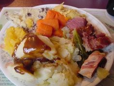 Come taste traditional Newfoundland recipes such as Jiggs Dinner from the place we call home. We only have the traditional Newfoundland recipes your mother & grandmother use to make! Cabbage Vegetable, Corn Beef And Cabbage, Jigs Dinner, Cookbook Recipes, Cooking Recipes, Homemade Cookbook, Cookbook Ideas, Cooking Ideas, Vegan Recipes
