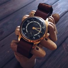 Vintage Watches Collection : Rare vintage watch Star vintage watch mechanical watch Womens watch Ladies watch Ussr watch watches for women Russian Men, Watches For Men, Wrist Watches, Mechanical Watch, Watch Case, Vintage Watches, Gold Watch, 1950s, Lady
