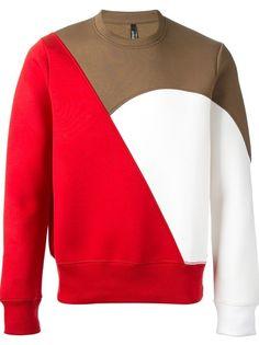 Neil Barrett Red Colour Block Sweatshirt for men Sweatshirt Outfit, Sweater Shirt, Men Sweater, Hoodie Sweatshirts, Blazer Fashion, Mens Fashion, African Inspired Clothing, Mode Jeans, Moda Fitness
