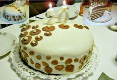Fondantos vaníliakrémes torta