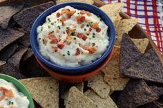 Roasted Garlic-Bacon Dip {#SundaySupper Super Bowl Eats} by @Heather Schmitt-Gonzalez