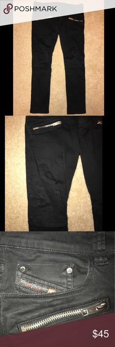 🎉🎉HOSTS PICK 🎉🎉Diesel Skinny Jeans Stylish Diesel Skinny jeans with trendy zippers on the pockets! The zipper tabs on the back pockets broke off, but other than that, the pants are in great condition! Size: 34x30 Diesel Jeans Skinny