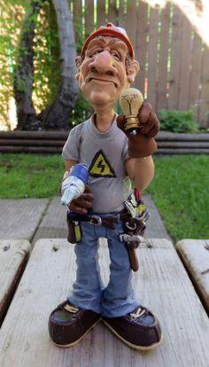 Electrician Figurine Comical Character Figurine 7 IN.Warren Stratford Resin New