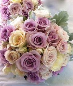 wedding flowers, wedding bouquet,