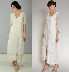 Vintage style Downton Abbey inspired dresses in green or blue
