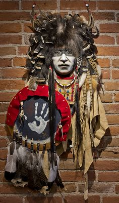 Native American Hand Painted Masks, And Statues By Cindy Jo - - jpeg Native American Face Paint, Native American Masks, Native American Warrior, Native American Pictures, Native American Artwork, Native American Regalia, Native American Artists, American Indian Art, American Indians