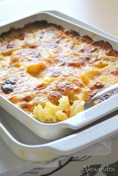 Πατάτες γάλακτος Breakfast Recipes, Snack Recipes, Snacks, Cookbook Recipes, Cooking Recipes, Oven Chicken Recipes, Recipe Boards, Greek Recipes, Cooking Time