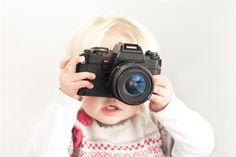 Partilha de Fotografias de Crianças nas Redes Sociais – Orgulho vs. Perigo | Consultório Jurídico