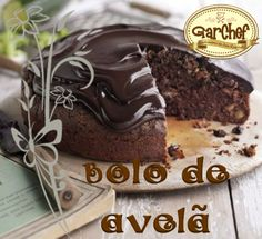 Bolo de Avelã com cobertura de brigadeiro de creme de avelã