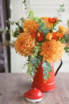 Orange flowers and eucalyptus in enamel coffee pot / Fall Arrangement Flower Centerpieces, Flower Vases, Flower Art, Floral Bouquets, Floral Wreath, Floral Wedding, Wedding Flowers, Deco Floral, Art Floral