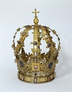 Spanish Crown C1600 pinned with Bazaart