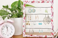 Clover and Dot: DIY Earring Holder (from a frame)