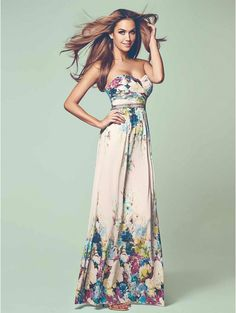 Summer time means maxi dress time totally in love with this jane norman one and so practical for races etc as well