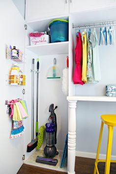 Organization Inspiration: Corralling Cleaning Supplies in Style (Apartment Therapy Main) Home Organisation, Closet Organization, Kitchen Organization, Closet Storage, Jennifer Jones, I Heart Organizing, Organizing Ideas, Organizing Cleaning Supplies, Organising