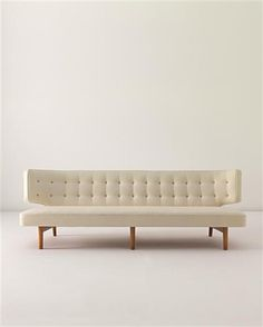 Something minimal to go with her colorful life. // Wilhelm Lauritzen, Sofa for Radiohuset, Fredriksberg, 1942.
