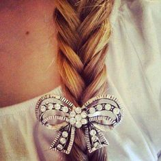 braid and bow:: quick but made-up ;)