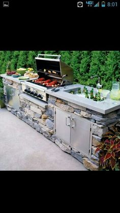 Nice outside grill!!