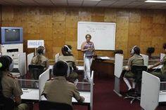El laboratorio de Inglés dispone de equipos y medios de gran utilidad para la enseñanza.