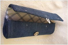 how to make unique clutch bag using a plastic bottle and old jeans......