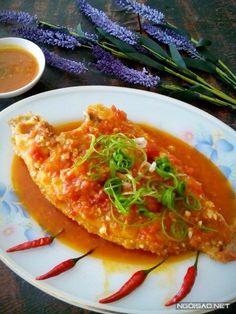 Cá điêu hồng sốt chua ngọt - http://congthucmonngon.com/105862/ca-dieu-hong-sot-chua-ngot.html