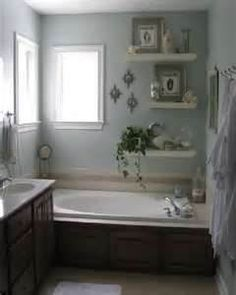Guess the shower is separate ~ but I could do this on a different wall.  This is really pretty.