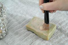 meikkivälineet, siveltimen pesu, saippua