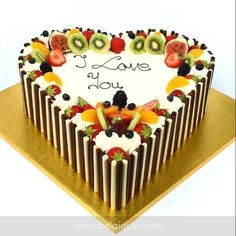 How to make fruit cakes? Cake decorating ideas, in addition to easy fruit cake r Cake Frosting Designs, Cake Icing, Cake Designs, Cupcake Cakes, Summer Cake Recipes, Summer Cakes, Cake Decorating Designs, Cake Decorating Techniques, Decorating Ideas