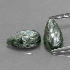 Seraphinite promotes regeneration and self-healing.  This stone is especially beautiful with its silvery white shimmering patterns on a sea green background. It's name is derived from the Seraphim (Angels of the highest order) and this stone is used to establish connections to the angelic realm. It carries these vibrations:    Greater awareness of the Divine Feminine  Restoration of health and balance  Connects the physical with the angelic realm  Encourages living from the heart