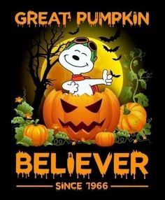 Snoopy🎃 Hi Candace Robinson. Charlie Brown Y Snoopy, Charlie Brown Halloween, Great Pumpkin Charlie Brown, It's The Great Pumpkin, Snoopy Love, Snoopy And Woodstock, Happy Halloween, Peanuts Halloween, Halloween Jokes