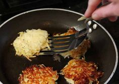 Potato rosti recipe easily adapted for SW by using spray oil.  Delicious!