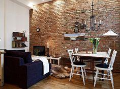 Téglafal, galéria és rengeteg konyhaszekrény - kis 32nm-es lakás