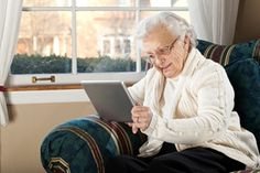 More Seniors Use Technology To Learn, Stay In Touch | Sunrise Senior Living