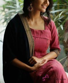 Salwar Suit Neck Designs, Kurta Neck Design, Neck Designs For Suits, Salwar Designs, Dress Neck Designs, Kurta Designs Women, Blouse Designs, India Fashion, New Fashion