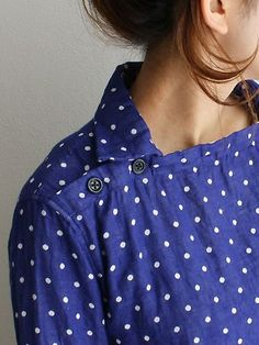 Polka Dot Blouse with Square Neckline, Small Collar & Buttons on the Shoulder . Moda Fashion, Womens Fashion, Fashion Details, Fashion Design, Mode Vintage, Shirts & Tops, Mode Inspiration, Sewing Clothes, Refashion