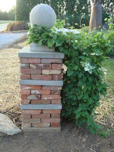 Dry stack brick column - Fleur Cottage: Fleur Gardens