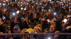 Hungary axes internet tax after mass protests - RT #Hungary, #Internet, #Tax