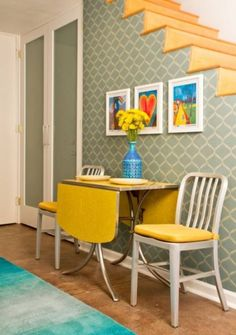 how to choose dining tables for small spaces table and chairs save and small kitchens - Small Space Kitchen Table