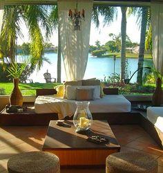 Outdoor living room |