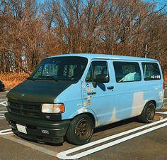 Dodge Ram Van, Chevy Van, Mini Vans, Car Ford, Car Stuff, Van Life, Plymouth, Campers, Transportation