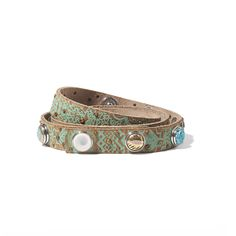The Patterns belt by NOOSA Amsterdam is made from 100% natraly tanned leather. Each design is painted by hand and slightly antiqued.